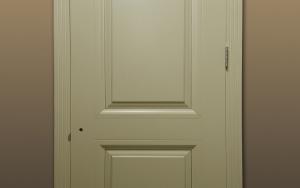 Двери. Выставка в офисном салоне